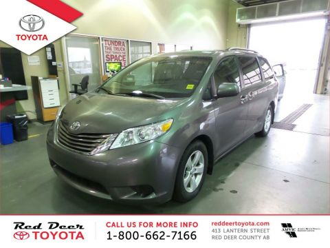 Pre-Owned 2016 Toyota Sienna 5dr LE 8-Pass FWD Front Wheel Drive 4 Door Mini-Van Passenger
