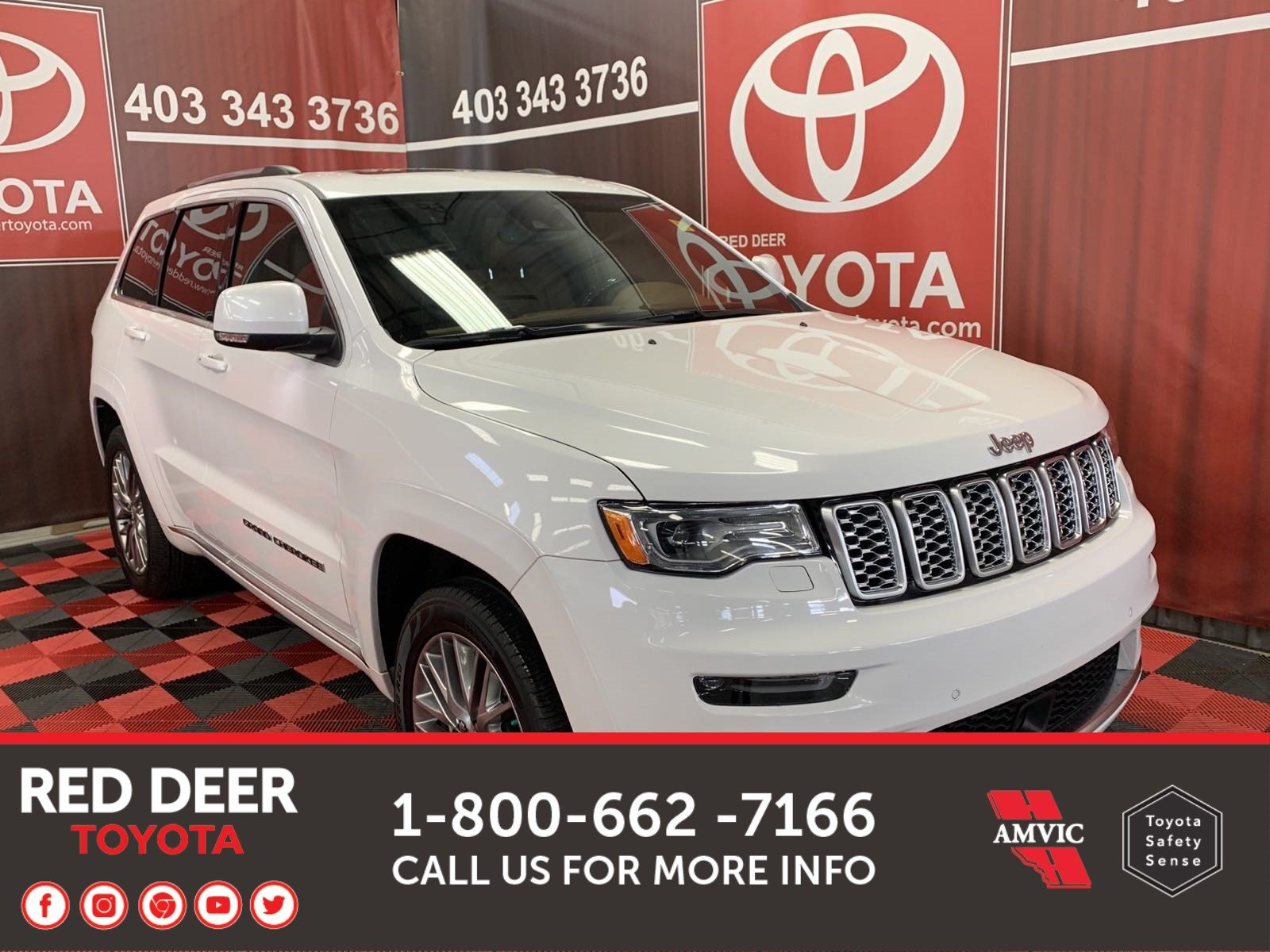 Pre-Owned 2018 Jeep Grand Cherokee Summit With Navigation & 4WD