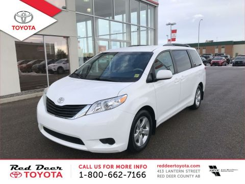 Pre-Owned 2013 Toyota Sienna 5dr V6 LE 8-Pass FWD Front Wheel Drive 4 Door Mini-Van Passenger