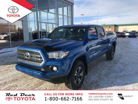 Pre-Owned 2017 Toyota Tacoma TRD Sport Double Cab 6' Bed V6 4x4 AT Four Wheel Drive 4 Door Pickup